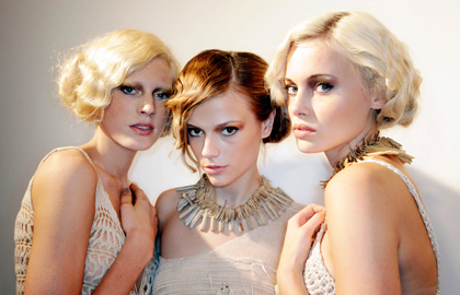 Messy fingerwave faux bobs - a great trend you can pull off with imperfection.