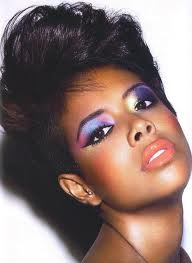 kelis1