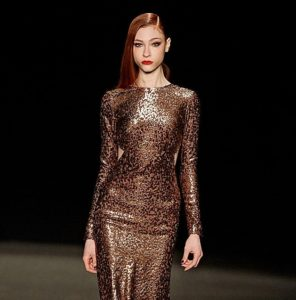 Loving the High-shine deep-side part and Glam of this look seen at Moniqur Lhuillier Autumn/Winter 2015