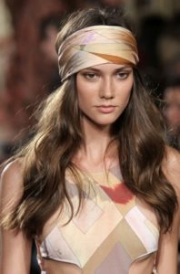 Keep your ears warm and look glamorous at the same time - as seen here at the Emillio Pucci a few years back - timeless!