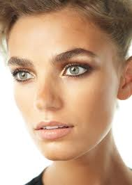 simple bronzed makeup